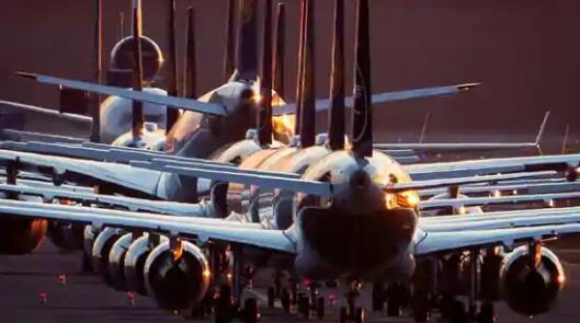美国航空公司在大流行的一年里损失了89亿美元