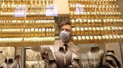 黄金价格今天下跌了6天连续下跌0.9卢比万创历史新高