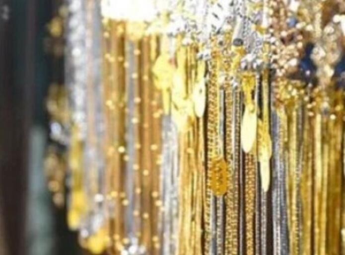 金银价格连续第三天下跌 白银大放异彩