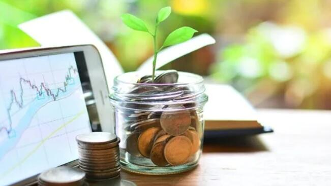 技术帮助千禧一代加大对共同基金的投资