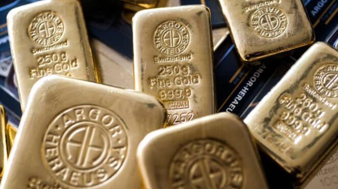 黄金作为美元公司退居二线 交易员等待美国数据