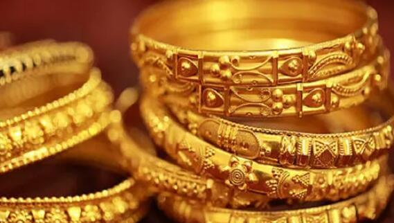 黄金价格低于最高水平8437卢比