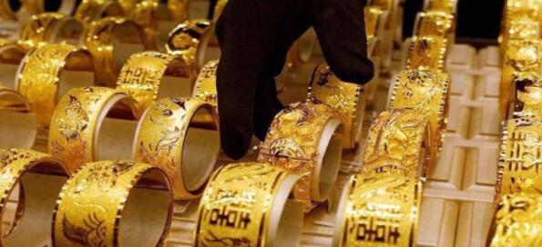 金价连续第二天上涨白银下跌 知道今天的汇率